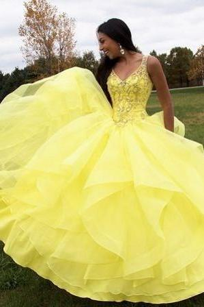 Ruffles Graduation Dresses 8th Grade,Yellow Quinceanera Dresses,V-neck Quincenaera Dress,Crystals Beading Prom Quinceanera Dresses