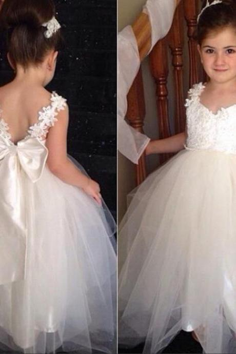2016 Lace Flower Girl's Dresses Bow 3D-Floral Appliques Beade Sequins Cheap Girls Formal Wear Flower Girl's Dresses Birthday Dress For Girls