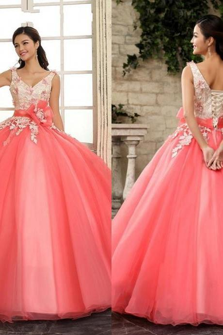 15 Dresses Ball Gown Quinceanera Dresses Sweet 15 Dress Quinceanera Debutante Dresses Prom Evening Formal Dress Gowns Custom Appliques New