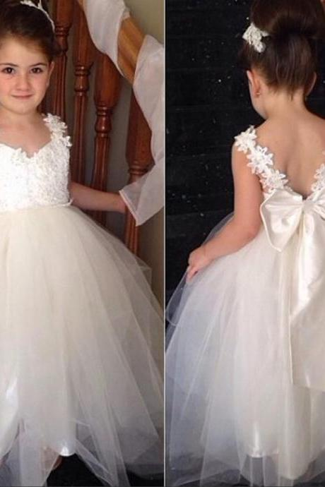Ball Gown Little Girls Dress V Neck With Lots Of Appliques Tulle Dress White Pageant Gown 2016 Formal Dress Birthday Dress Flowers Dress